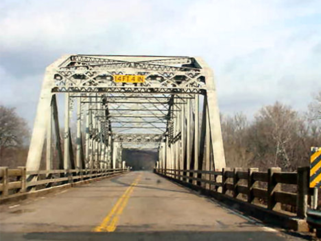 The report said Kansas has nearly 3,000 structurally deficient bridges.