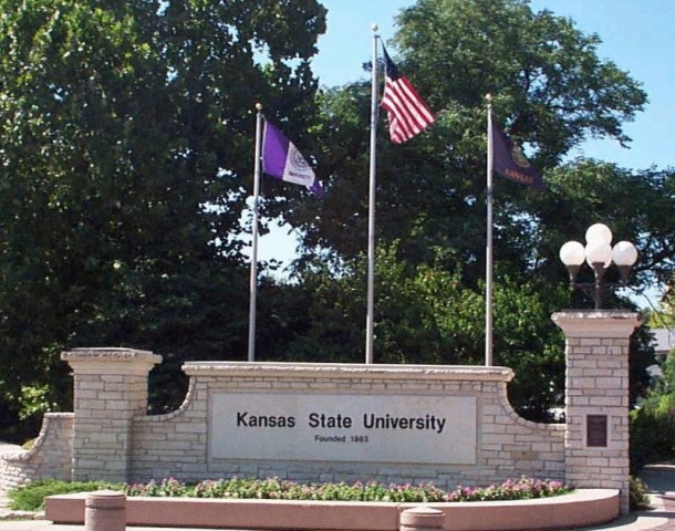 Memorial Held for Kansas State Student Killed in Chicago