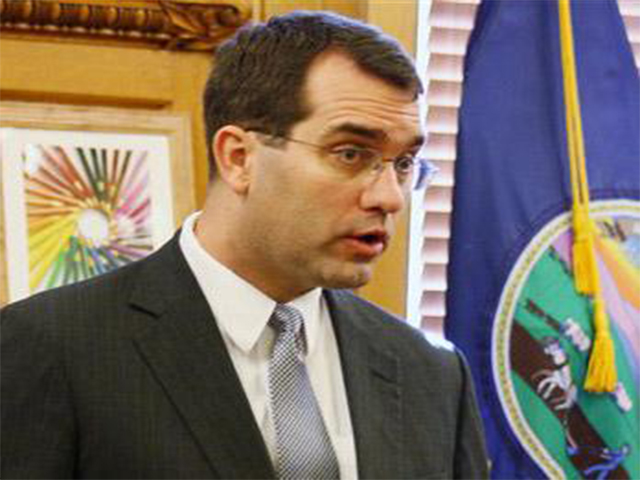 Kansas AG Questions Feds' $26K in Spending on Gitmo Surveys