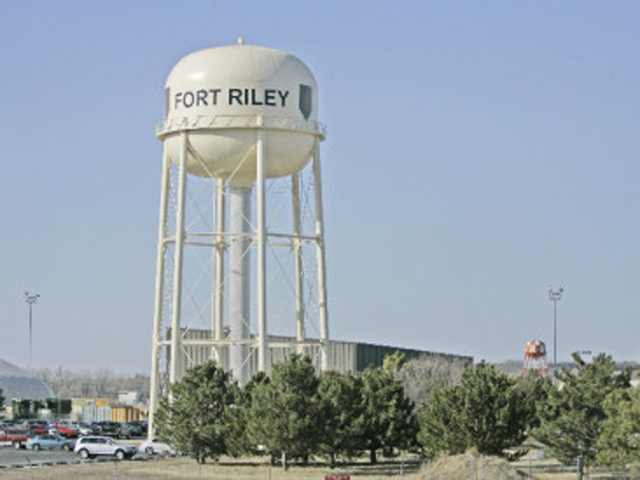 Huelskamp To Attend Fort Riley Event