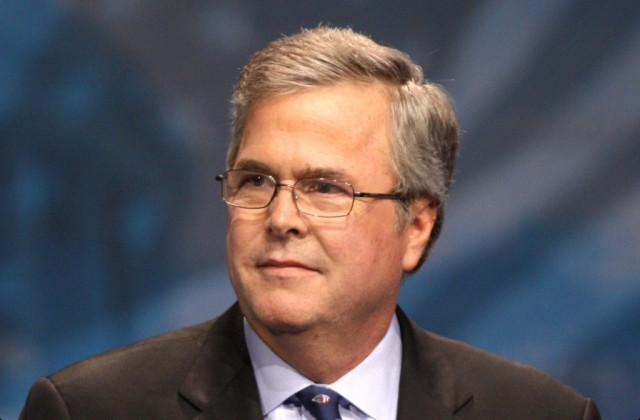 Roberts Brings In Jeb Bush