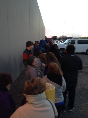 Salina Shoppers Gobble Up Deals