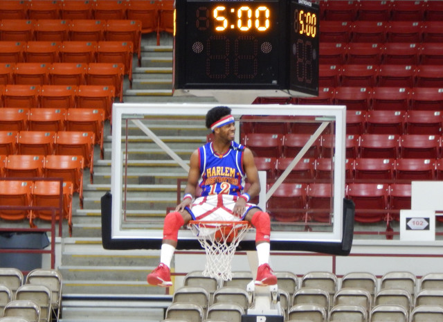 VIDEO: Globetrotters Set 9 World Records