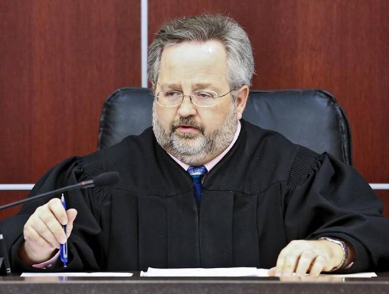 Kansas Supreme Court suspends Sedgwick County judge