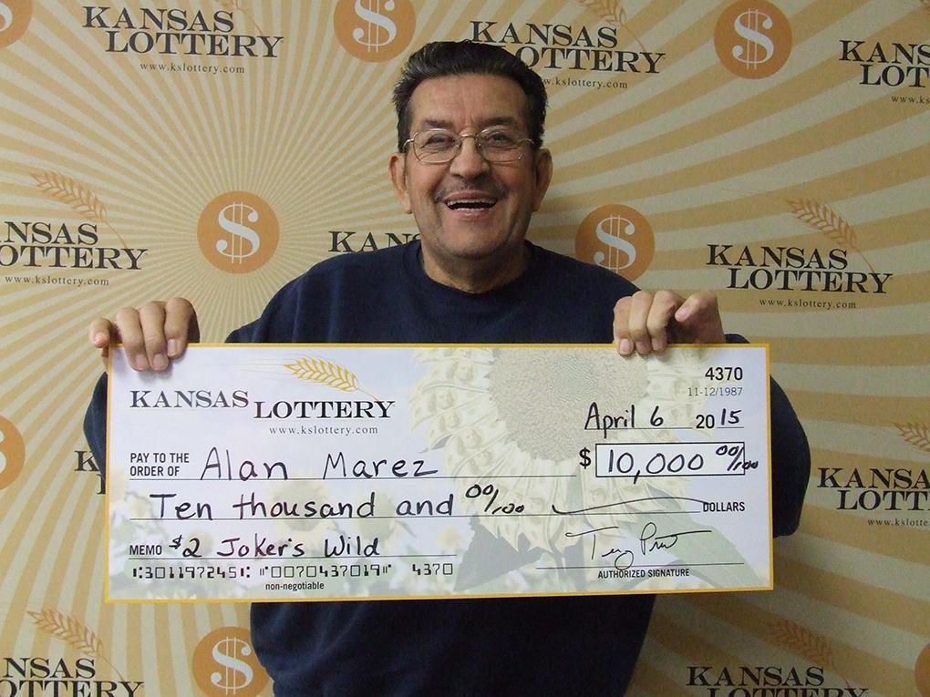 Ellsworth Man Wins $10,000 Lottery Prize