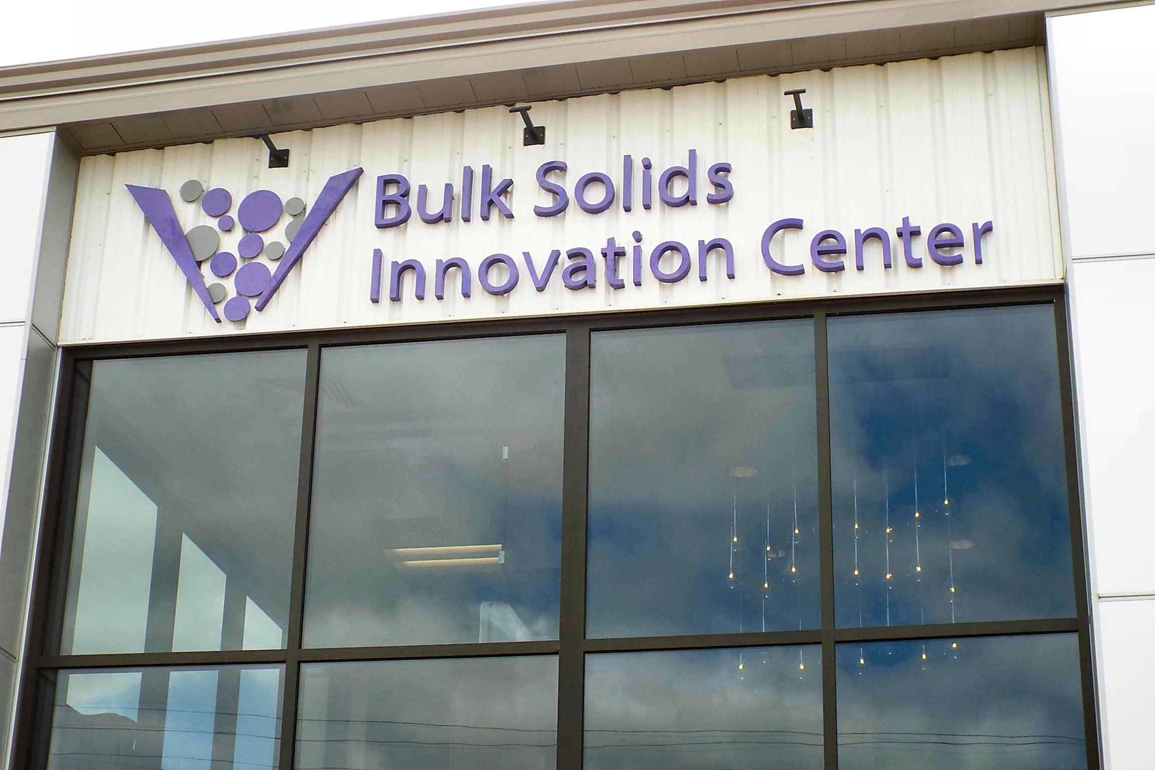 bulk solids 01