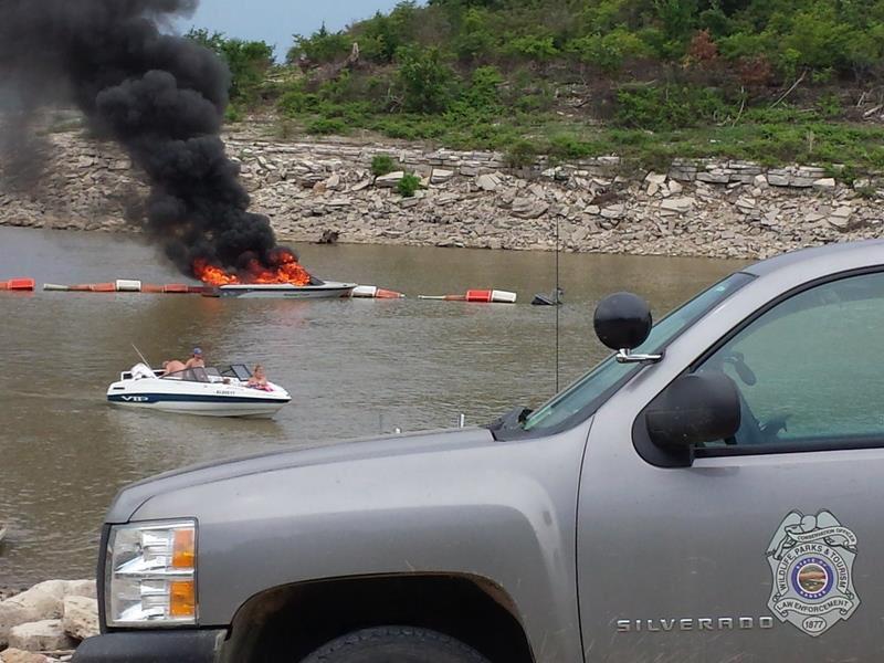 boat fire 02