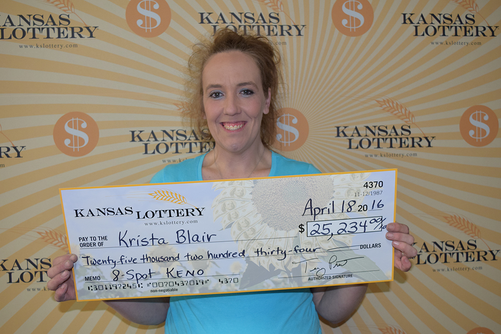 Salina Woman Wins $25,000 Lottery Prize