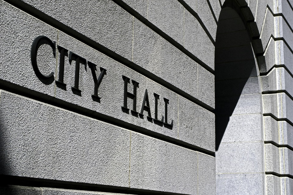 Split Newton City Commission Votes to Fire City Manager