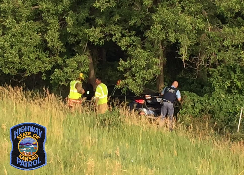 Woman and Child Hurt in Saline County Crash