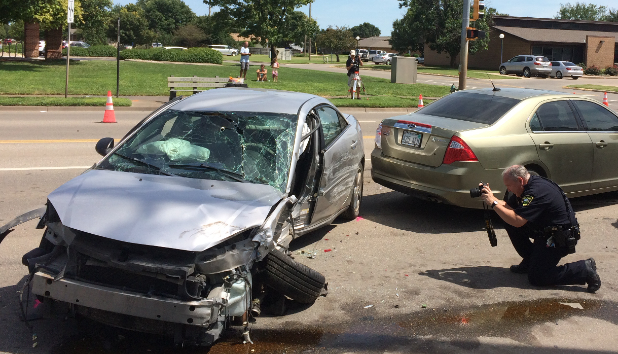 UPDATE: Three Hurt in Four-Vehicle Crash