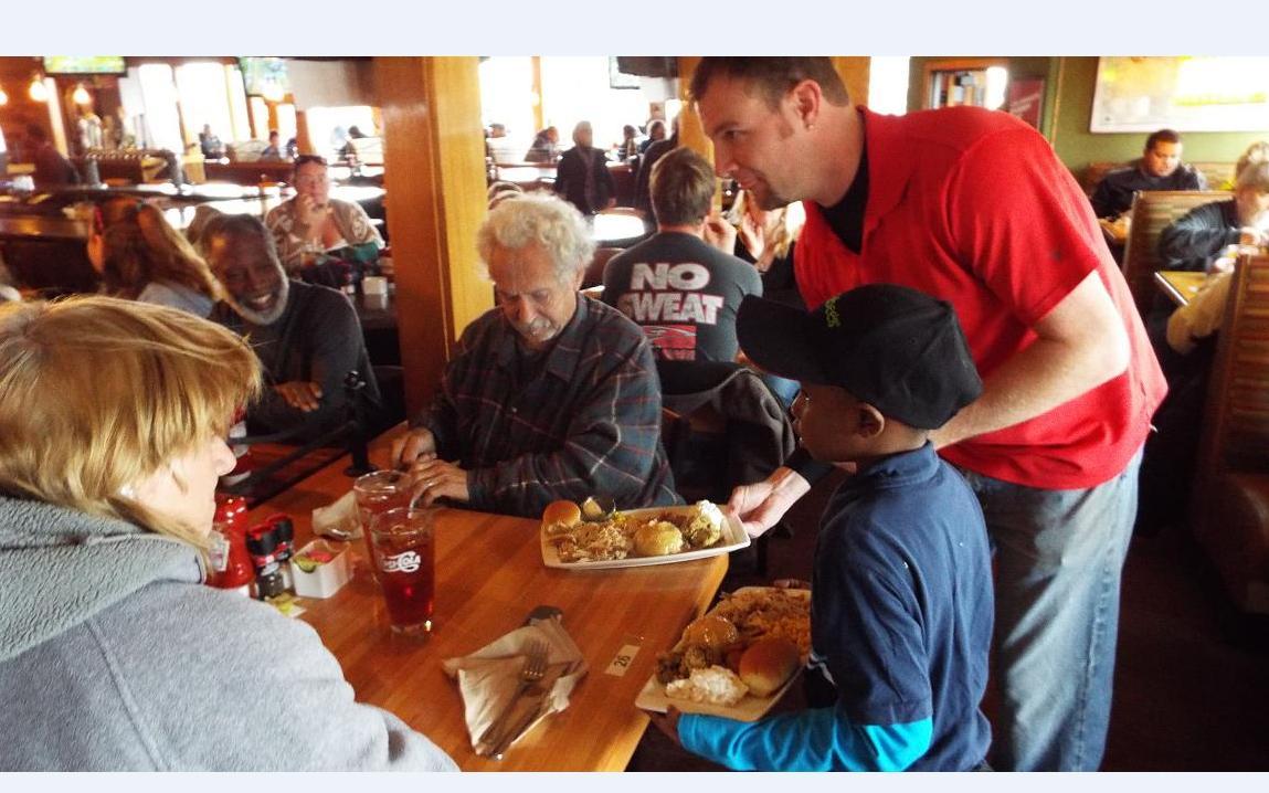 Thanksgiving Food and Fellowship in Salina