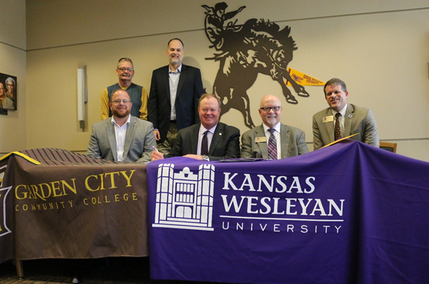 KWU Signs New Agreement With Garden City