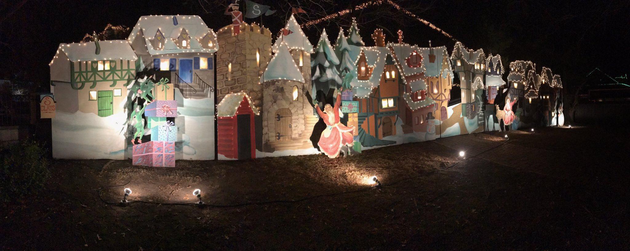 Kirstie Alley Decorates Wichita House With Movie Set
