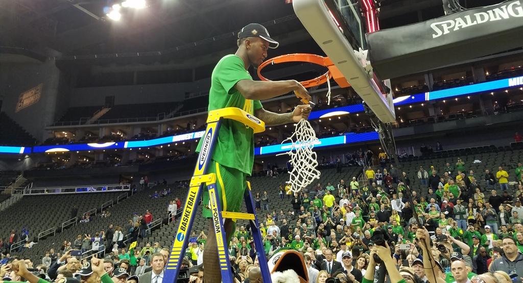 AUDIO & VIDEO: Oregon Stops Kansas In Elite Eight