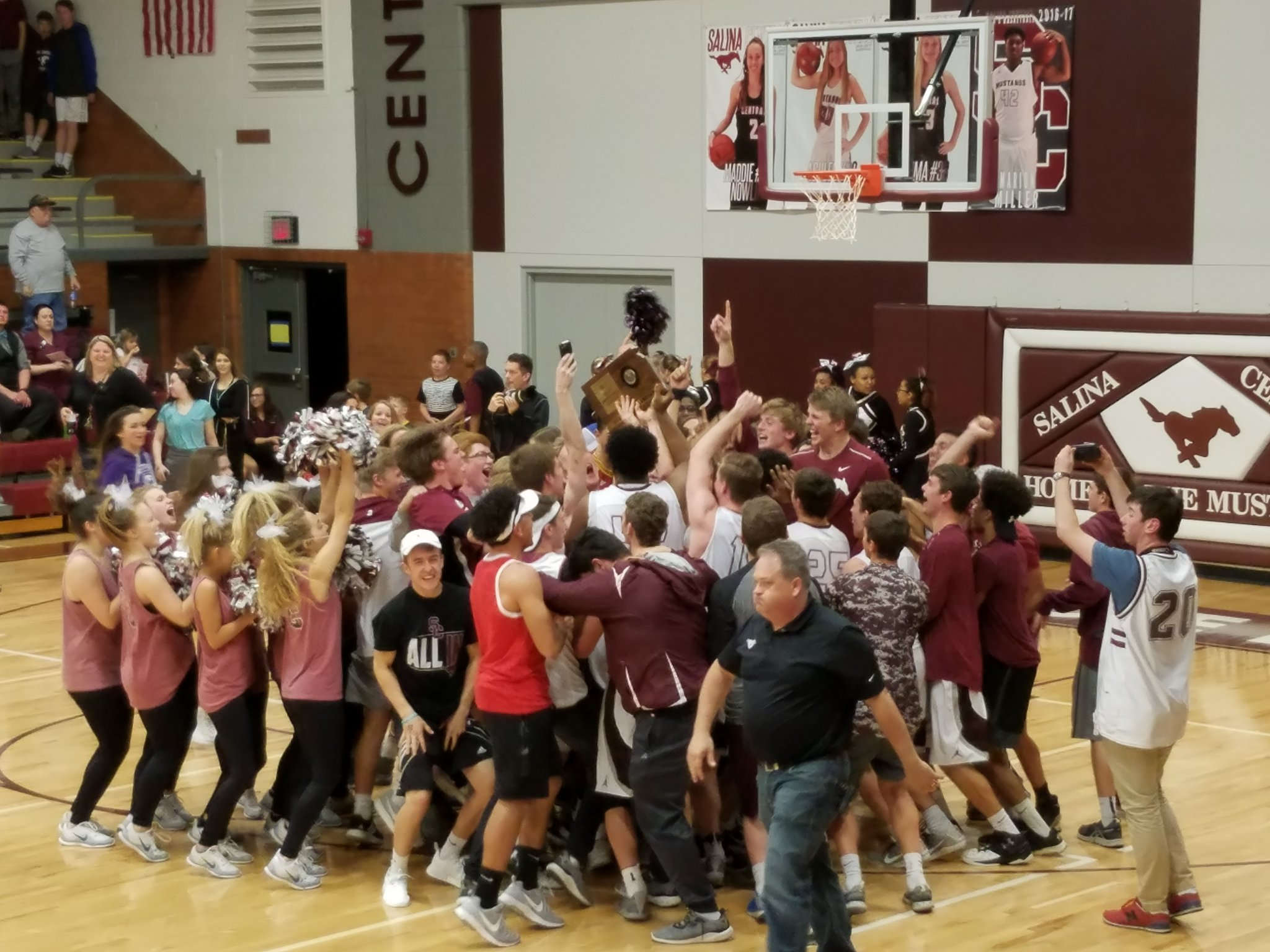 Area Hoops Headed to State