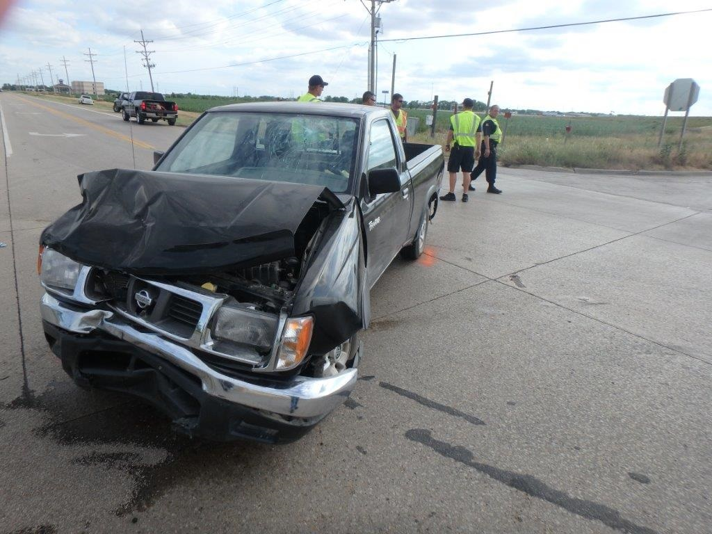 2 Hurt in Two Car Crash