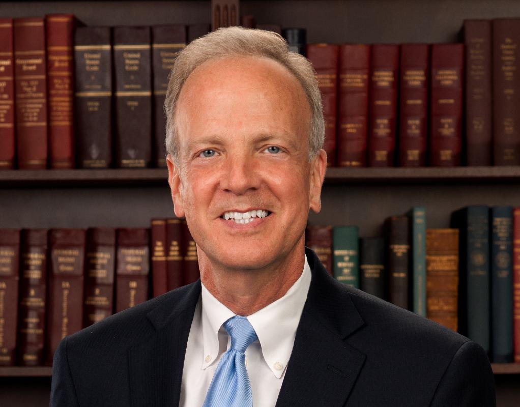 Cautious Kansas Sen. Moran Steps in Spotlight