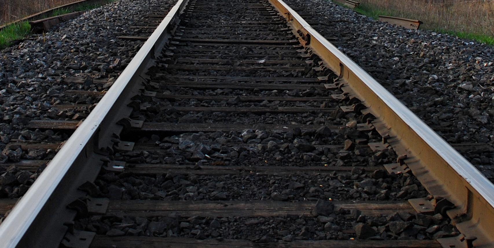 16 Empty Railroad Cars Derail in Topeka
