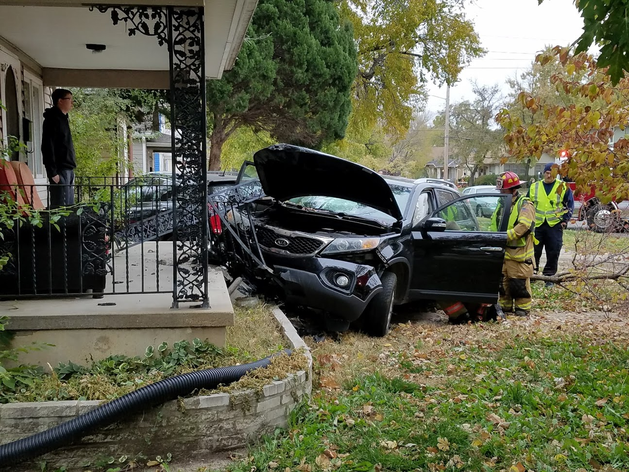 Update: Driver Flees After Crashing Into House