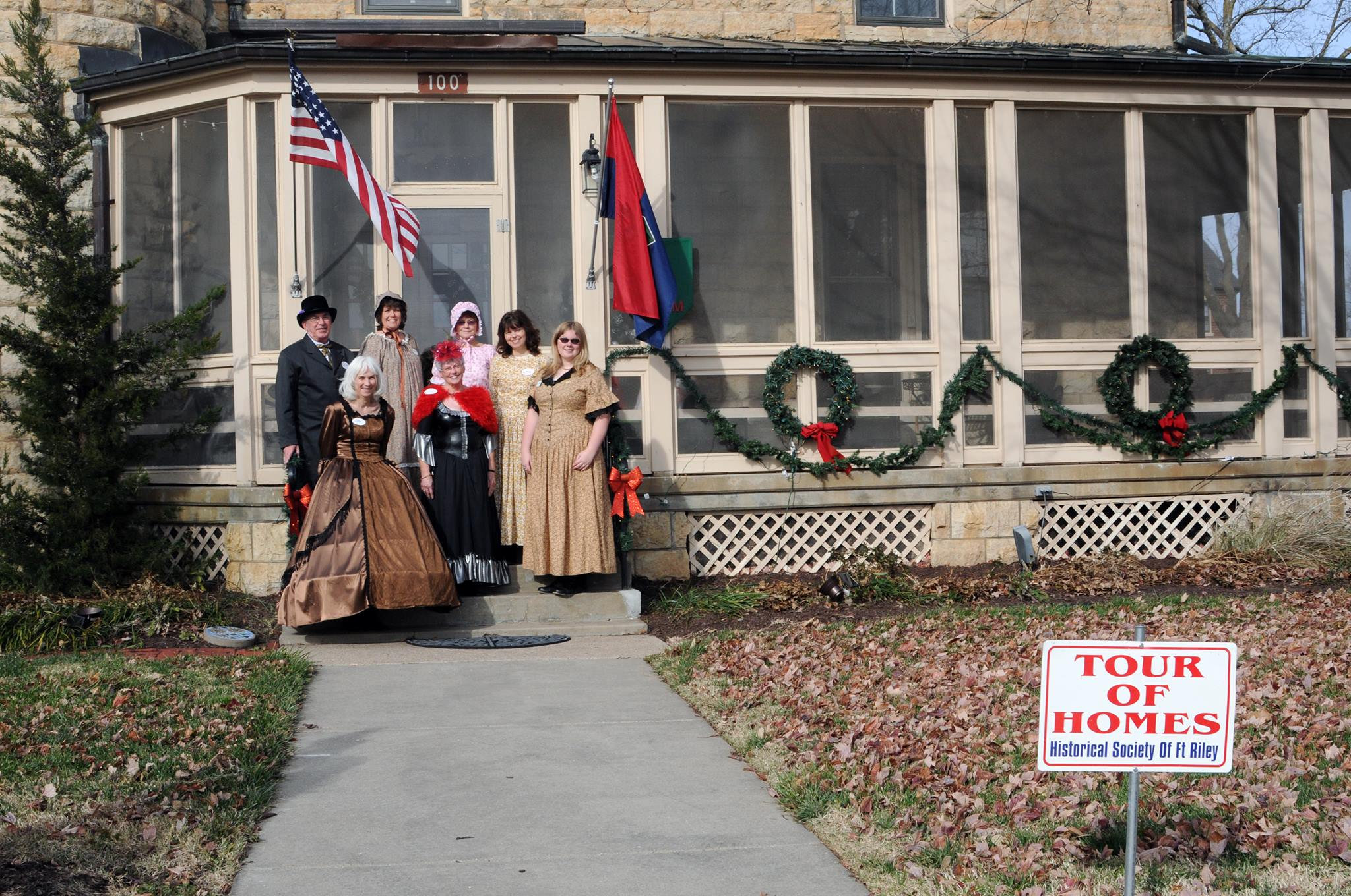 Fort Riley Hosts Holiday Tour of Homes