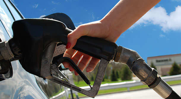Gas prices dropping ahead of last holiday weekend of summer