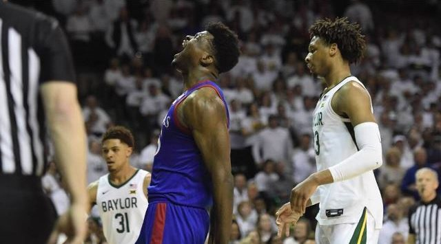 No. 1 Baylor falls to No. 3 Kansas